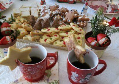 christmas-655681_1280-1024x682
